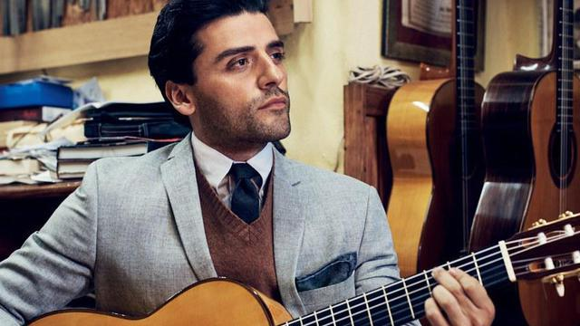 Oscar isaac suits gq 0116 6 featured