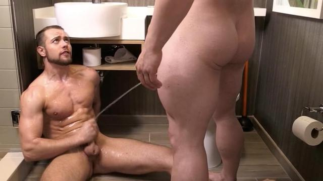 Gay peeing scene sexy featured