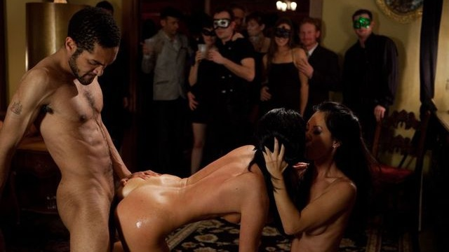 "An ""Open Invitation"" from Lorelei Lee And India Summer"