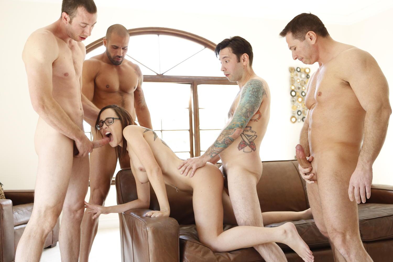 4 guys gangbang me on a yacht 2