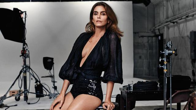 Cindy crawford 02 featured