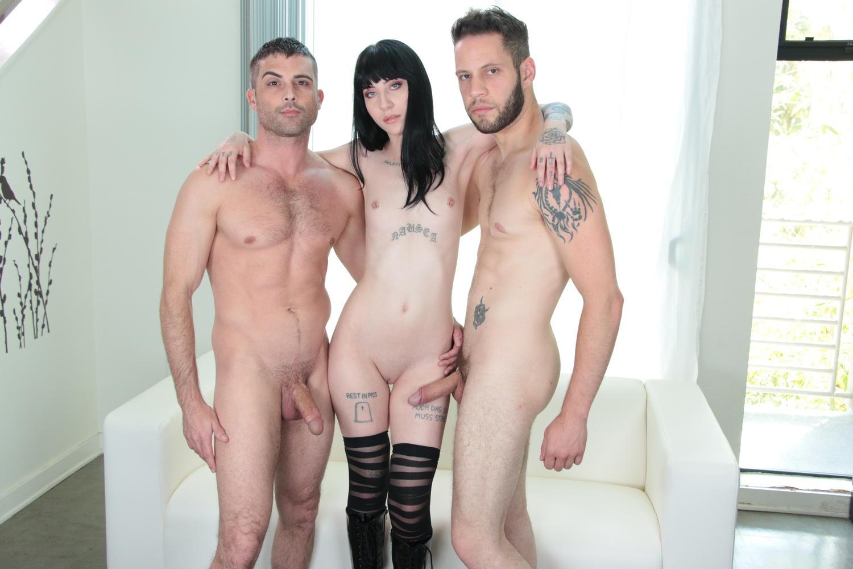Bbc Threesome Ebony Pussy