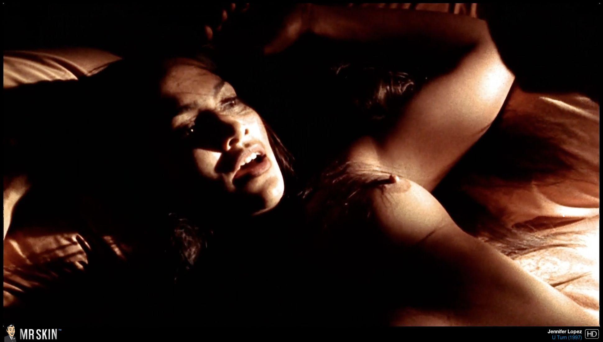 Jennifer Lopez in U Turn
